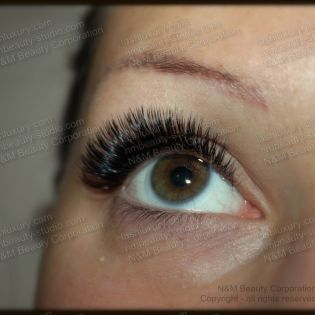 3D-eyelash-extensions-nyc0001